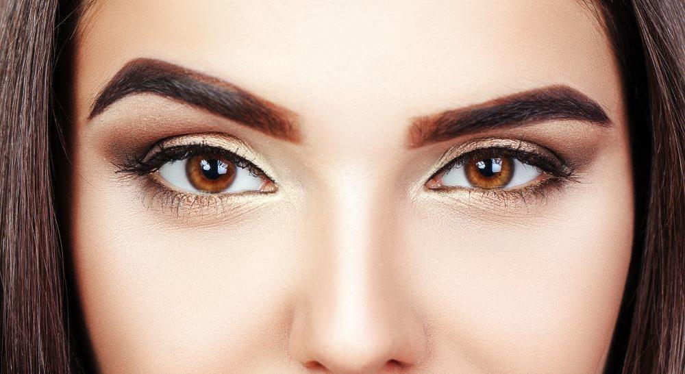 Welche Lidschattenfarbe Passt Zu Braunen Augen Am Besten