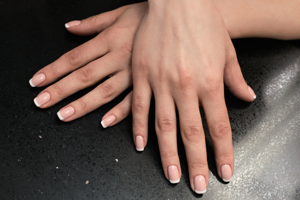 Klassische French Nails