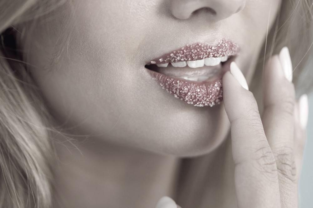 Lippenpeeling richtig anwenden